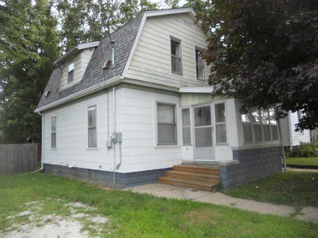 20 W Vine, Canton, IL 61520 (#1197152) :: Adam Merrick Real Estate