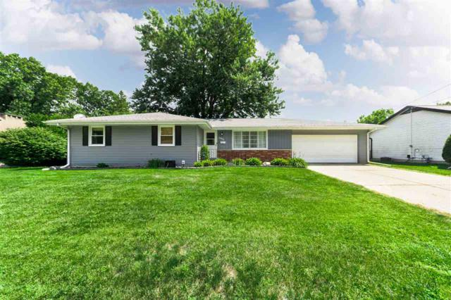 2606 N Wilson Drive, Peoria, IL 61604 (#1197293) :: Adam Merrick Real Estate
