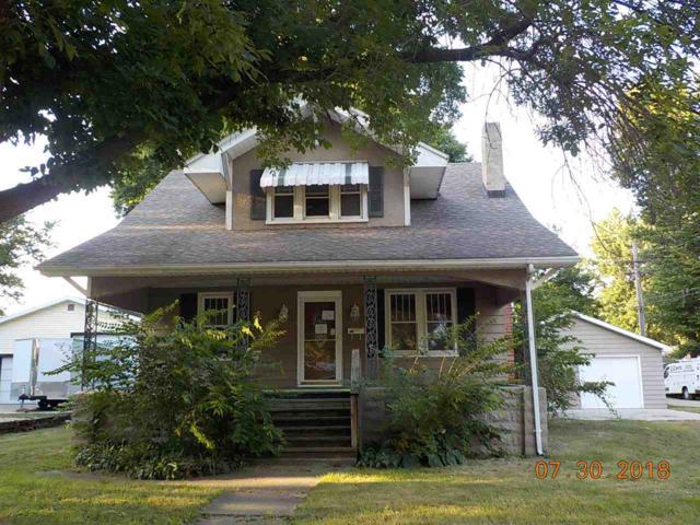 517 W Chestnut Street, Chillicothe, IL 61523 (#1197297) :: Adam Merrick Real Estate
