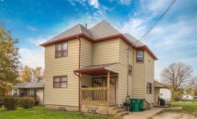 64 N Wood Street, Farmington, IL 61531 (#1197345) :: Adam Merrick Real Estate