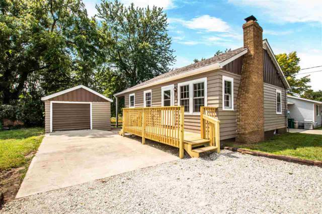658 W Fort Street, Farmington, IL 61531 (#1197365) :: Adam Merrick Real Estate