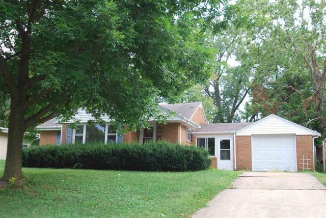 2220 Glendale Drive, Pekin, IL 61554 (#1197425) :: RE/MAX Preferred Choice