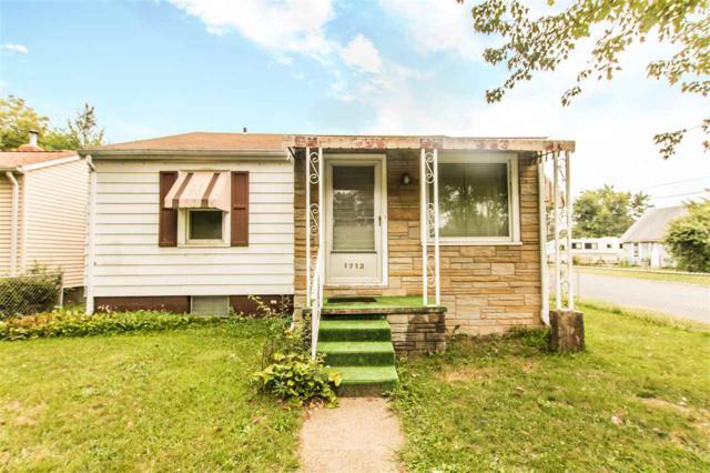 1712 S Oakwood Avenue, Peoria, IL 61605 (#1197426) :: Adam Merrick Real Estate