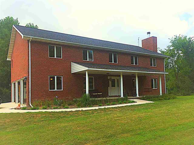 702 E Santa Fe, Chillicothe, IL 61523 (#1197450) :: Adam Merrick Real Estate