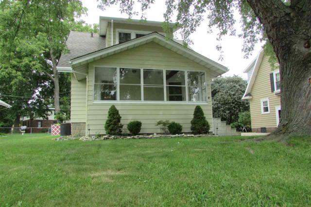 2601 W Kenwood, West Peoria, IL 61604 (#1197896) :: Adam Merrick Real Estate