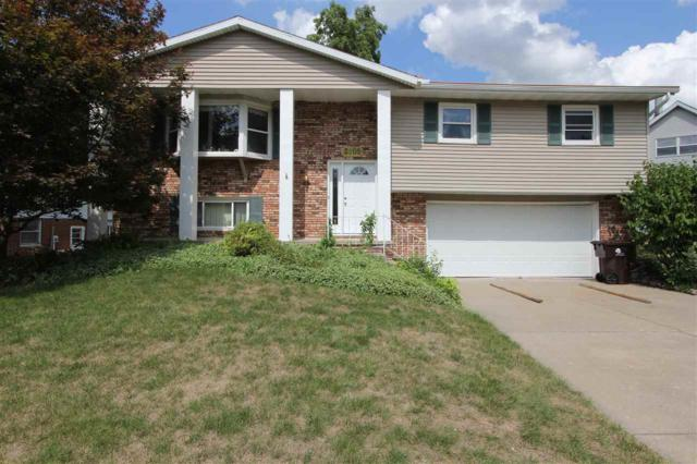 3205 W Capitol Drive, Peoria, IL 61614 (#1197924) :: Adam Merrick Real Estate