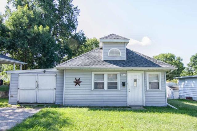 1518 Charlotte Street, Pekin, IL 61554 (#1197998) :: Adam Merrick Real Estate