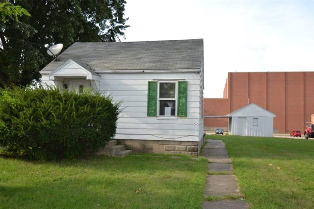 1107 E Moneta Avenue, Peoria Heights, IL 61616 (#1198022) :: Adam Merrick Real Estate