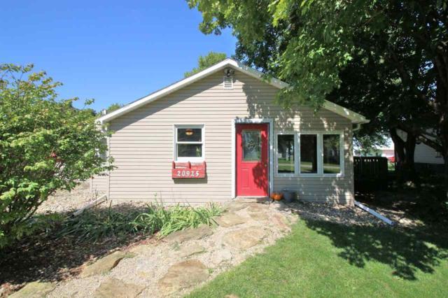 20925 W Maple Street, Laura, IL 61451 (#1198145) :: Adam Merrick Real Estate