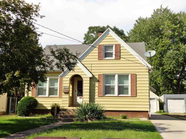 1315 W Hanssler Place, Peoria, IL 61604 (#1198159) :: Adam Merrick Real Estate