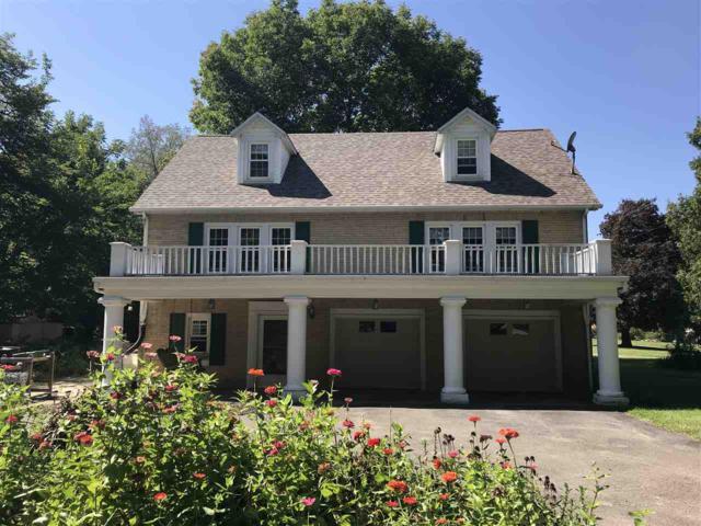 30 Laurel, Canton, IL 61520 (#1198164) :: Adam Merrick Real Estate