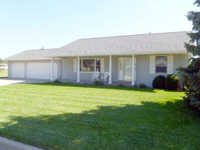 5402 W Burns Avenue, Bartonville, IL 61607 (#1198205) :: Adam Merrick Real Estate
