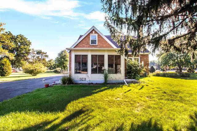 3013 Springfield Road, East Peoria, IL 61611 (#1198218) :: Adam Merrick Real Estate