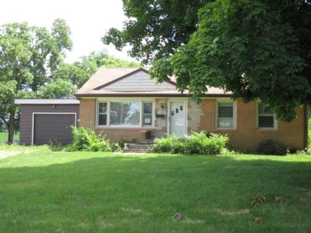620 E Center, Eureka, IL 61530 (#1198279) :: Adam Merrick Real Estate