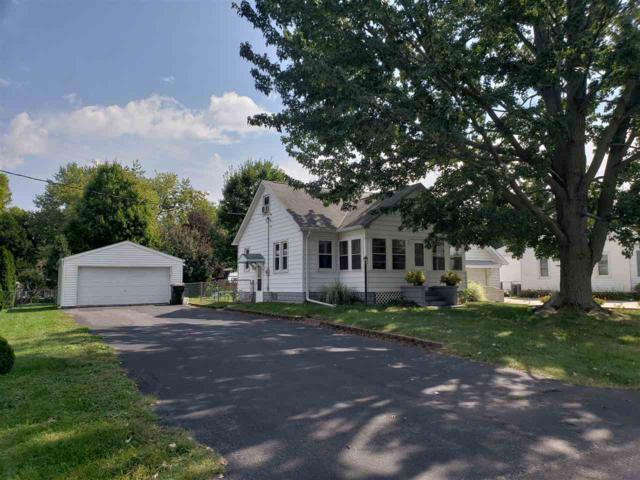 118 Theodore, Washington, IL 61571 (#1198418) :: Adam Merrick Real Estate