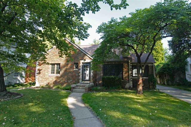 911 W Stratford Drive, Peoria, IL 61614 (#1198456) :: Adam Merrick Real Estate