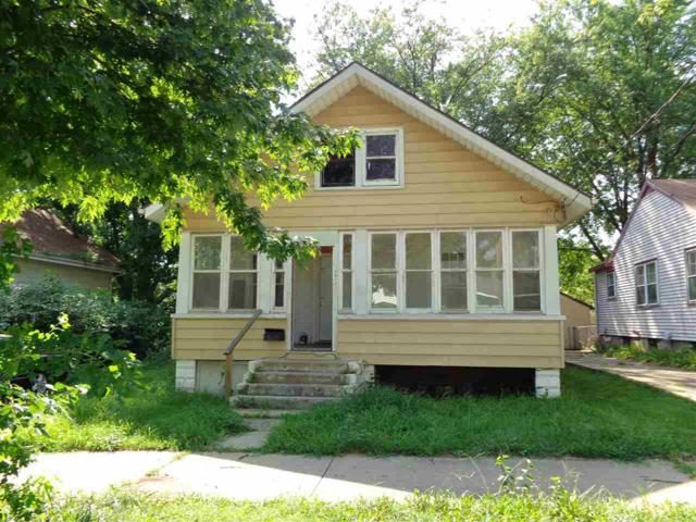 1317 S Westmoreland Avenue, Peoria, IL 61605 (#1198601) :: Adam Merrick Real Estate
