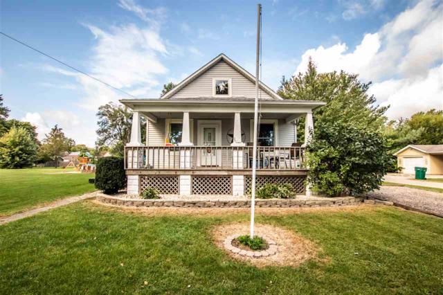 264 N Elmwood Street, Farmington, IL 61531 (#1198604) :: Adam Merrick Real Estate