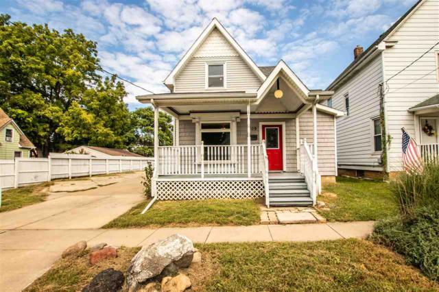 809 W Mcclure Avenue, Peoria, IL 61604 (#1198609) :: Adam Merrick Real Estate