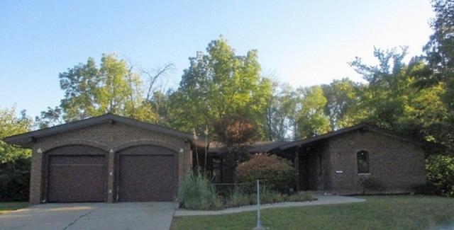2703 N Rockwood Drive, Peoria, IL 61604 (#1198672) :: The Bryson Smith Team