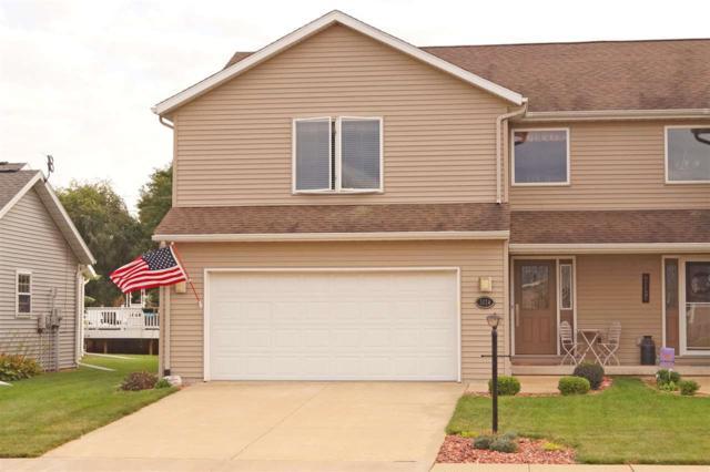 1424 Vista Grande Drive, Pekin, IL 61554 (#1198737) :: Adam Merrick Real Estate