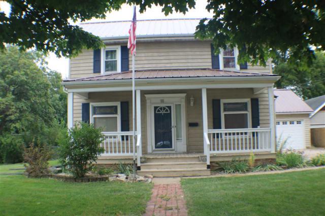 111 N Major, Eureka, IL 61530 (#1198760) :: Adam Merrick Real Estate