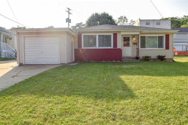 209 Keller Street, Bartonville, IL 61607 (#1198775) :: Adam Merrick Real Estate