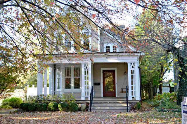 1311 W Moss Avenue, Peoria, IL 61606 (#1198940) :: Adam Merrick Real Estate