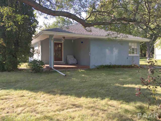 1105 W Shenandoah Drive, Peoria, IL 61614 (#1198970) :: Adam Merrick Real Estate