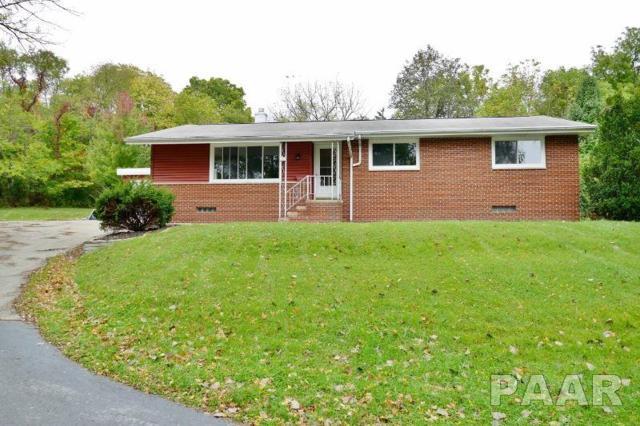 131 E Oakwood Road, East Peoria, IL 61611 (#1199109) :: RE/MAX Preferred Choice