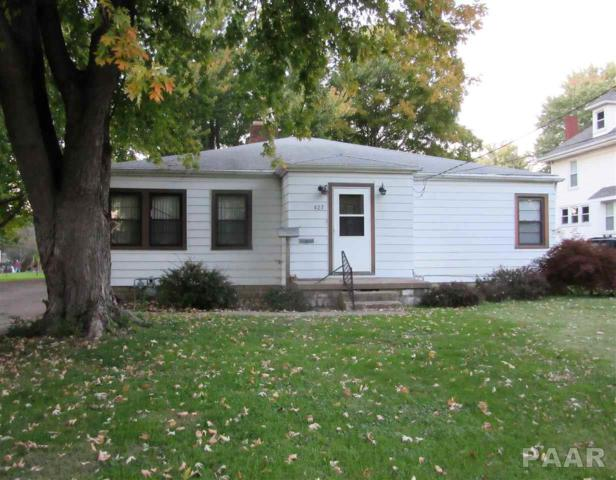 427 E Fulton, Farmington, IL 61531 (#1199248) :: Adam Merrick Real Estate