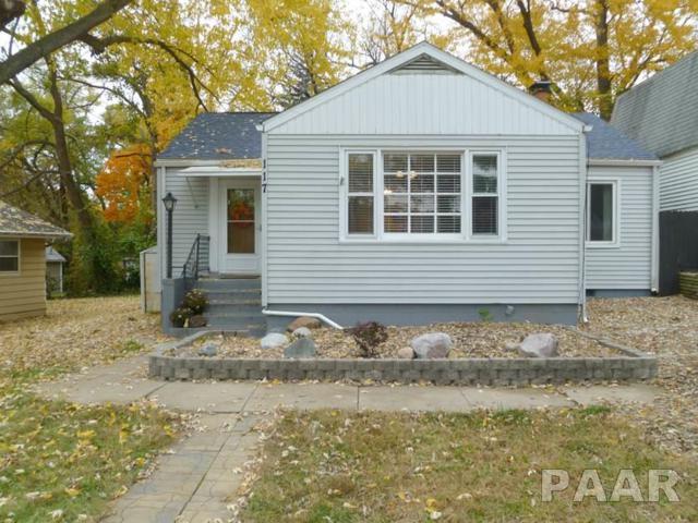 117 Homewood Avenue, Creve Coeur, IL 61610 (#1199569) :: Adam Merrick Real Estate