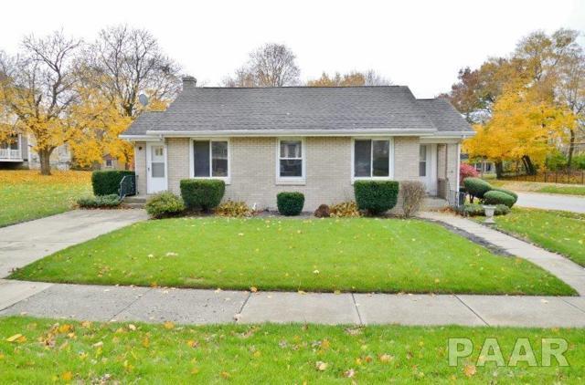 301 S Main Street, Washington, IL 61571 (#1199651) :: Adam Merrick Real Estate
