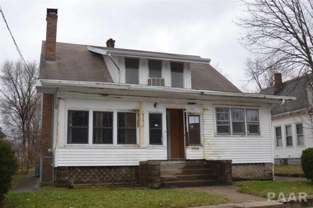 1920 W Garden Street, Peoria, IL 61605 (#1200328) :: The Bryson Smith Team