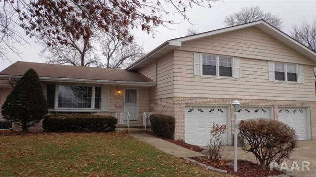 2818-2822 W Sheffield Drive, Peoria, IL 61604 (#PA1200590) :: Adam Merrick Real Estate