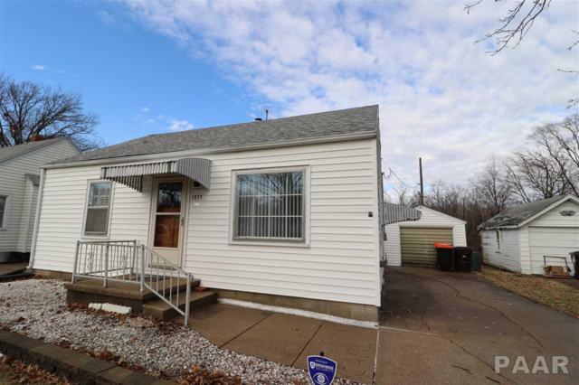 2035 W Wilson Avenue, Peoria, IL 61604 (#1200881) :: Adam Merrick Real Estate
