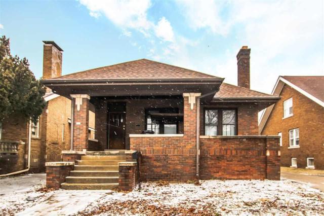 705 W Eleanor, Peoria, IL 61603 (#PA1201658) :: Adam Merrick Real Estate