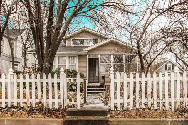 2322 Sheridan, Peoria, IL 61603 (#PA1201668) :: Adam Merrick Real Estate
