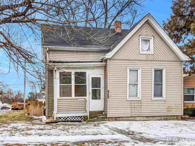 900 W Thrush Avenue, Peoria, IL 61604 (#1201851) :: Adam Merrick Real Estate