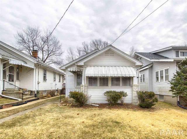 2704 N Missouri Avenue, Peoria, IL 61603 (#PA1201989) :: Adam Merrick Real Estate