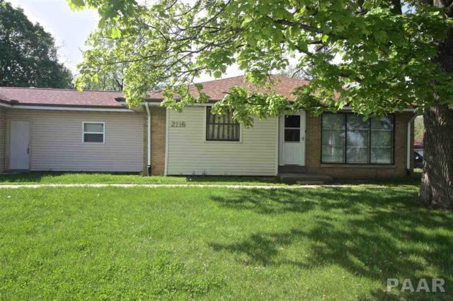 2116 W Nebraska Avenue, Peoria, IL 61604 (#PA1204539) :: The Bryson Smith Team