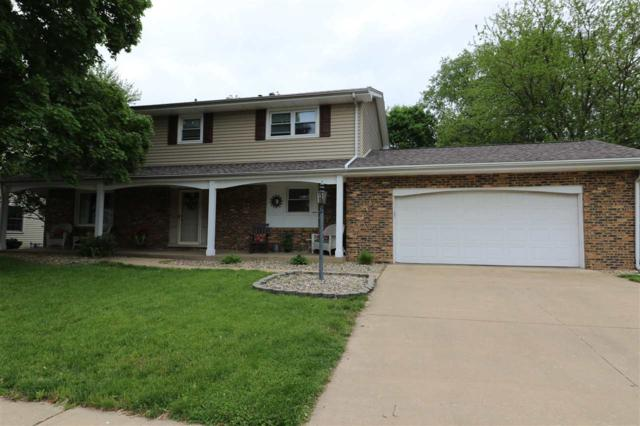 3011 W Gilbert Avenue, Peoria, IL 61604 (#PA1204944) :: Adam Merrick Real Estate