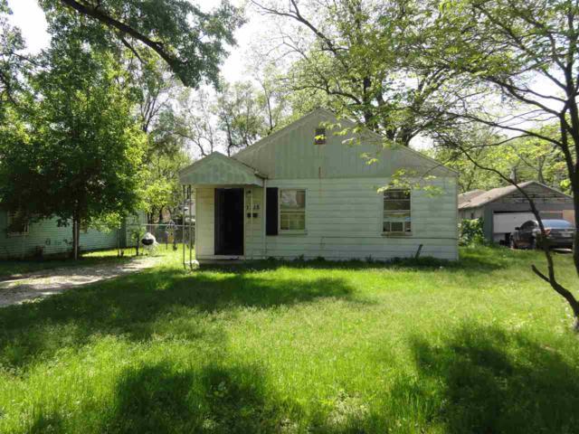 1715 N Bourland Avenue, Peoria, IL 61604 (#PA1205101) :: Adam Merrick Real Estate