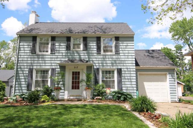 217 W Crestwood Drive, Peoria, IL 61614 (#PA1205306) :: Killebrew - Real Estate Group