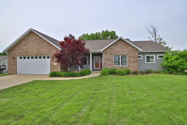 300 Pinehurst Lane, Washington, IL 61571 (#PA1205313) :: Adam Merrick Real Estate