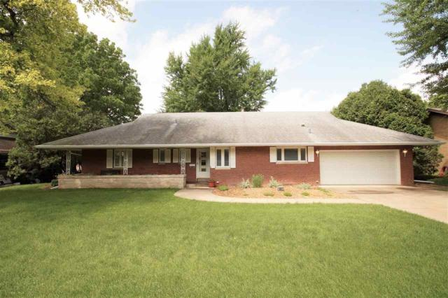 3401 N Bigelow Street, Peoria, IL 61604 (#PA1205374) :: Adam Merrick Real Estate
