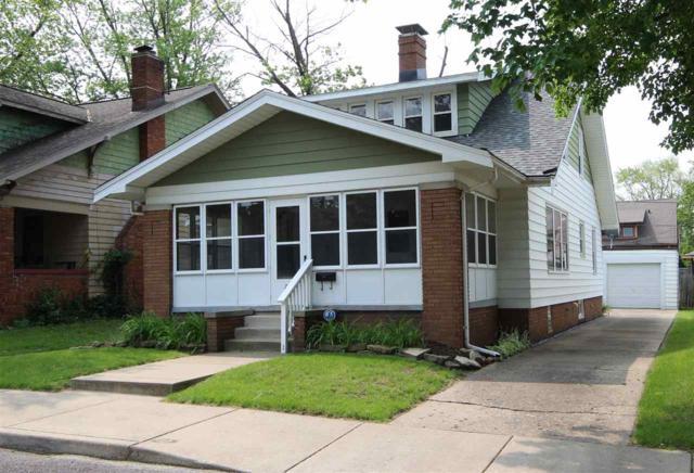 720 W Meadows Place, Peoria, IL 61604 (#PA1205386) :: Adam Merrick Real Estate