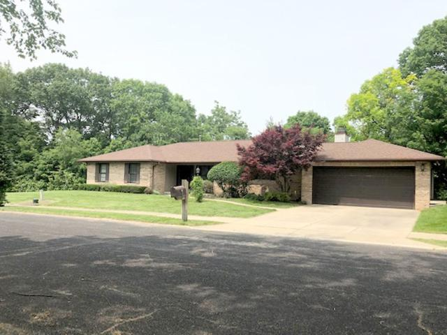 3235 W Westport Road, Peoria, IL 61615 (#PA1205505) :: The Bryson Smith Team