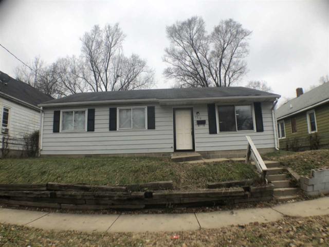 1319 S Arago Street, Peoria, IL 61605 (#PA1205561) :: Adam Merrick Real Estate