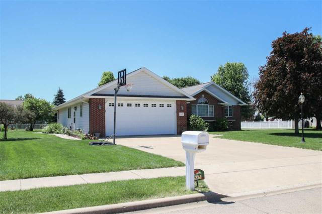 533 Taylor Drive, Chillicothe, IL 61523 (#PA1205657) :: Adam Merrick Real Estate